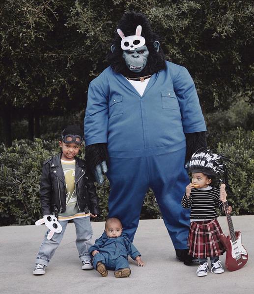 Самые эффектные образы Пэрис Хилтон, Леди Гаги и других звезд для Хэллоуина (фото)  - фото 4