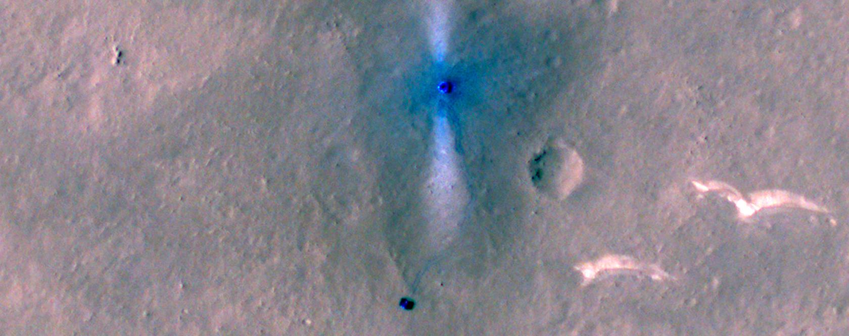 Фото з орбіти Марса: NASA сфотографувало китайський ровер - фото 2