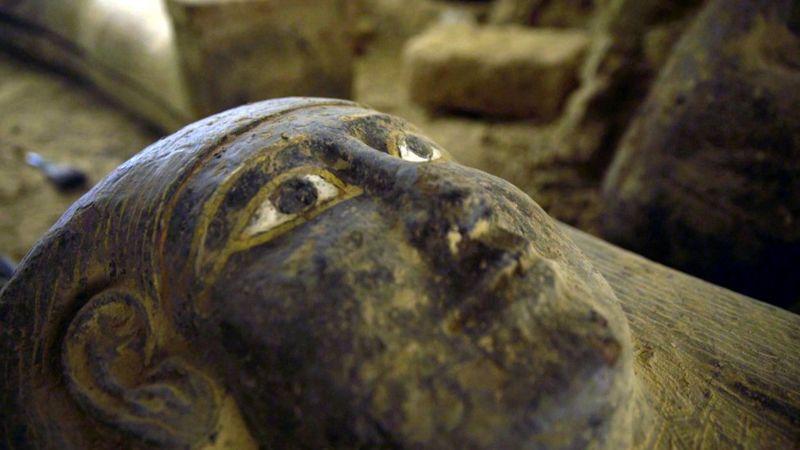 В Египте археологи раскопали древнейшие саркофаги: выглядят как новые (ФОТО) - фото 5