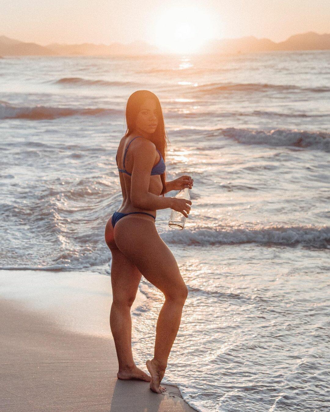 Любителька сексу на Олімпіаді показала своє гарне тіло - фото 2