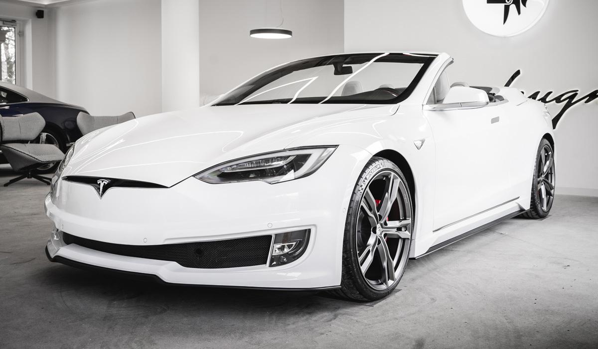 С легкой руки итальянских дизайнеров автомобиль Tesla превратился в роскошный кабриолет - фото 5