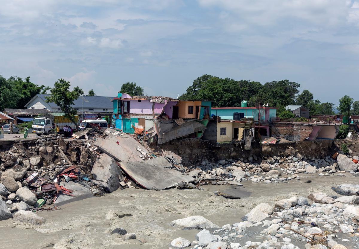 Негода в Індії: кількість загиблих збільшилась до 125 людей (ФОТО) - фото 2