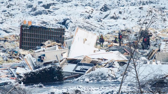 В Норвегии продолжают находить трупы без вести пропавших после разрушительного оползня - фото 2