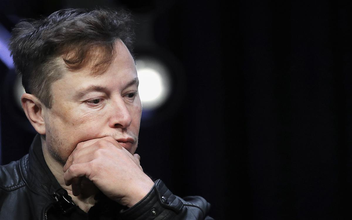 Илон Маск потерял 15 млрд долларов за день