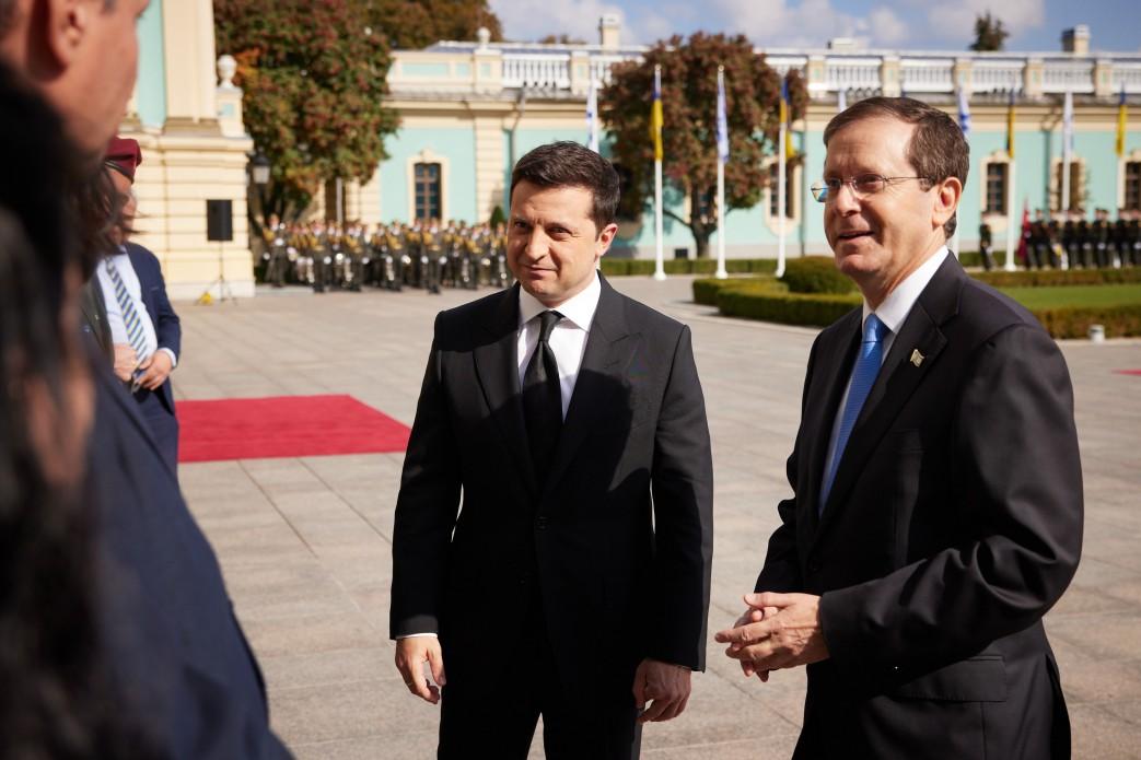 В Украину прибыл президент Израиля: как проходит его официальный визит - фото 4