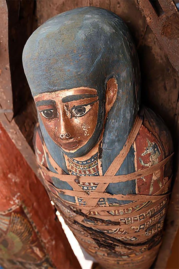 Фотофакт: археологи раскопали огромное количество древних саркофагов в Египте - фото 4