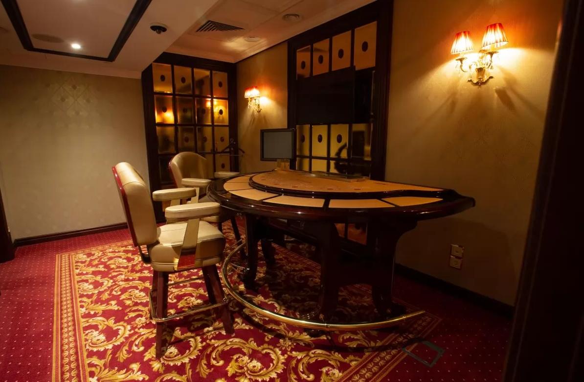 В Украине открылось первое легальное наземное казино: где именно (ФОТО) - фото 3