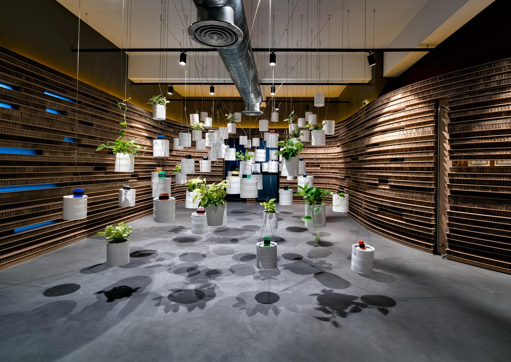 Офис из картона: фото впечатляющего экодизайна - фото 9