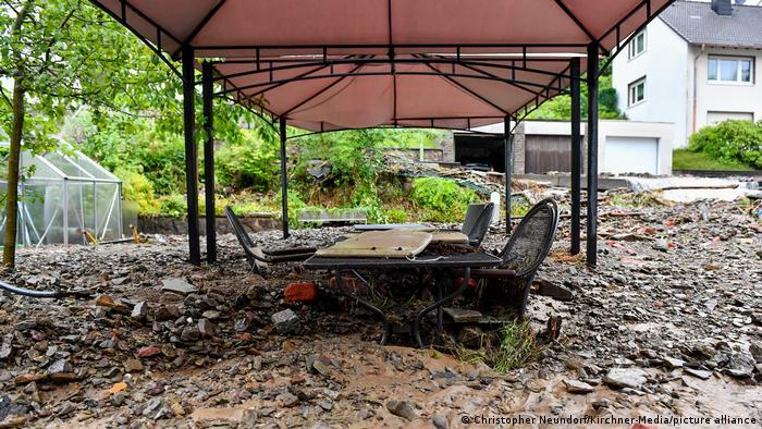 У Німеччині збільшилася кількість жертв у результаті сильної повені (ФОТО) - фото 3