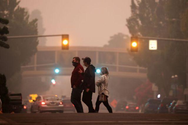 Лесные пожары в США: около полумиллиона человек в Орегоне вынуждены покинуть свои дома - фото 4