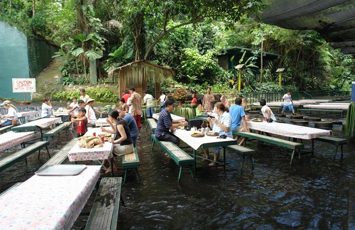 Необычные рестораны мира, которые, однозначно, стоит посетить - фото 3