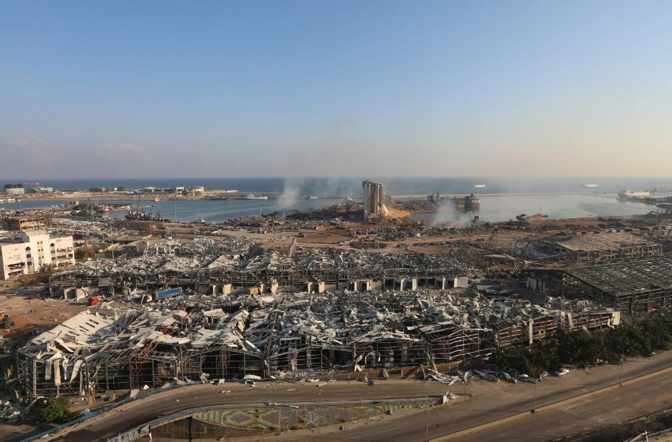 Будто кадры из фильма про Армагеддон: как выглядит Бейрут после взрывов (ФОТО, ВИДЕО) - фото 8