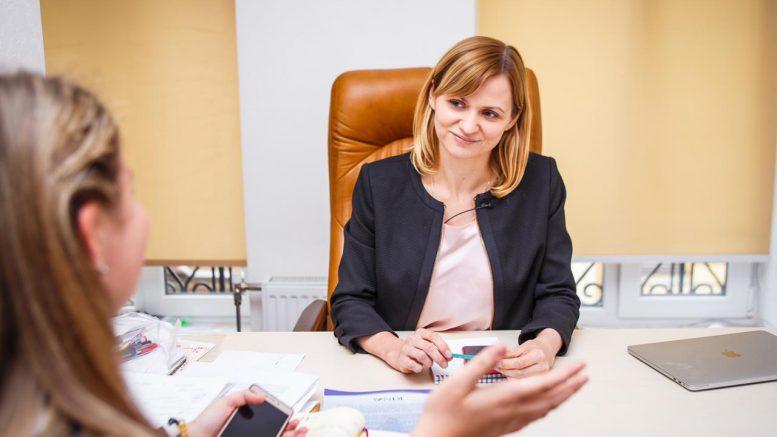 Анна Пуртова: Женщина в политике может навести порядок в государстве