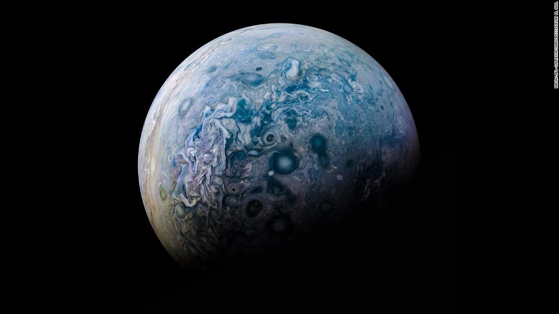 НАСА опубликовало фото поверхности и магнитных колебаний Юпитера - снимки как из фантастического фильма - фото 13