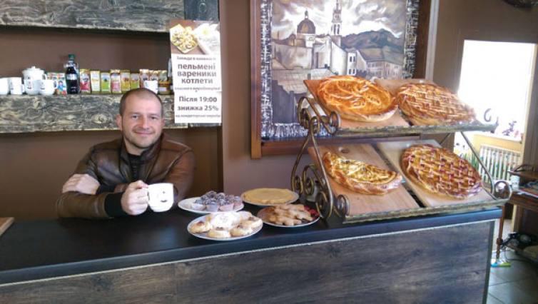 Як Артем Культенко з кав'ярні на Позняках пересів на «Мерседес» - фото 2