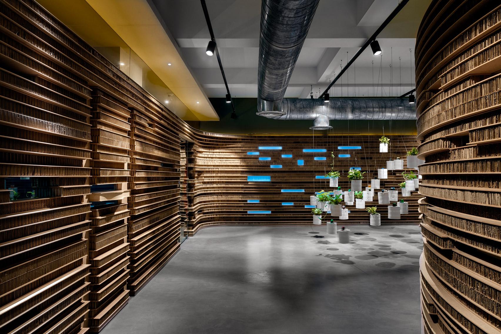 Офис из картона: фото впечатляющего экодизайна - фото 8