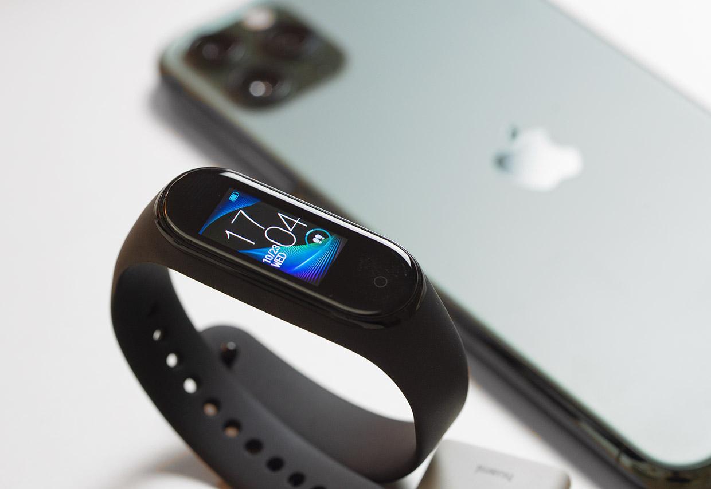Компания Xiaomi представит интеллектуальные часы