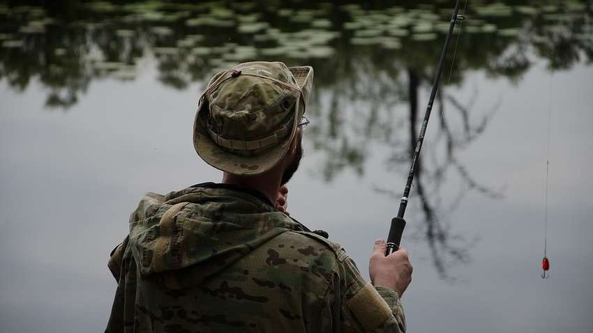 Что брать с собой на рыбалку: советы начинающим рыбакам | Комментарии  Украина