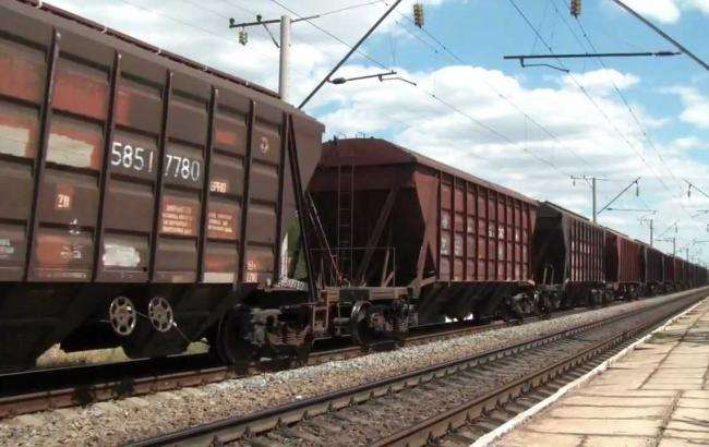 В Канаде сошел с рельса товарный поезд