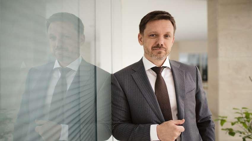 Я готов сотрудничать со следствием: Евгений Мецгер получил подозрение