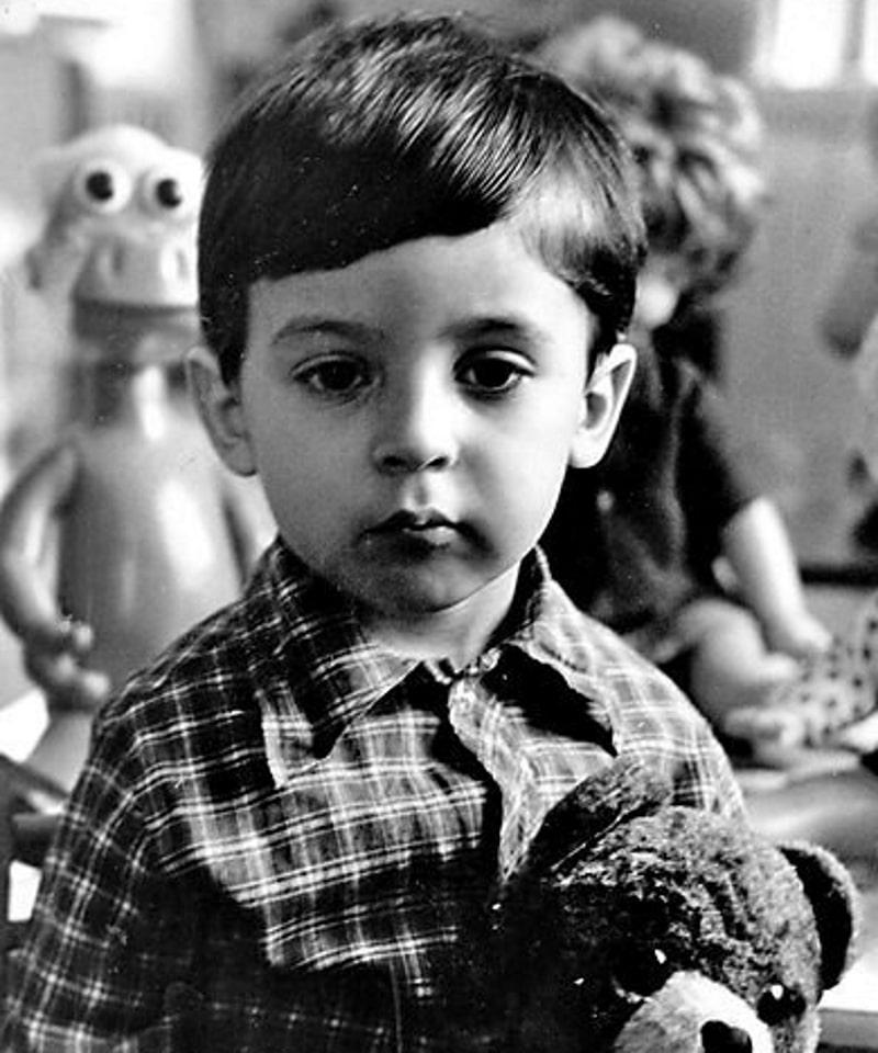 Зеленський відзначає 43 день народження: як Президент виглядав у дитинстві та в юності (Фото) - фото 4