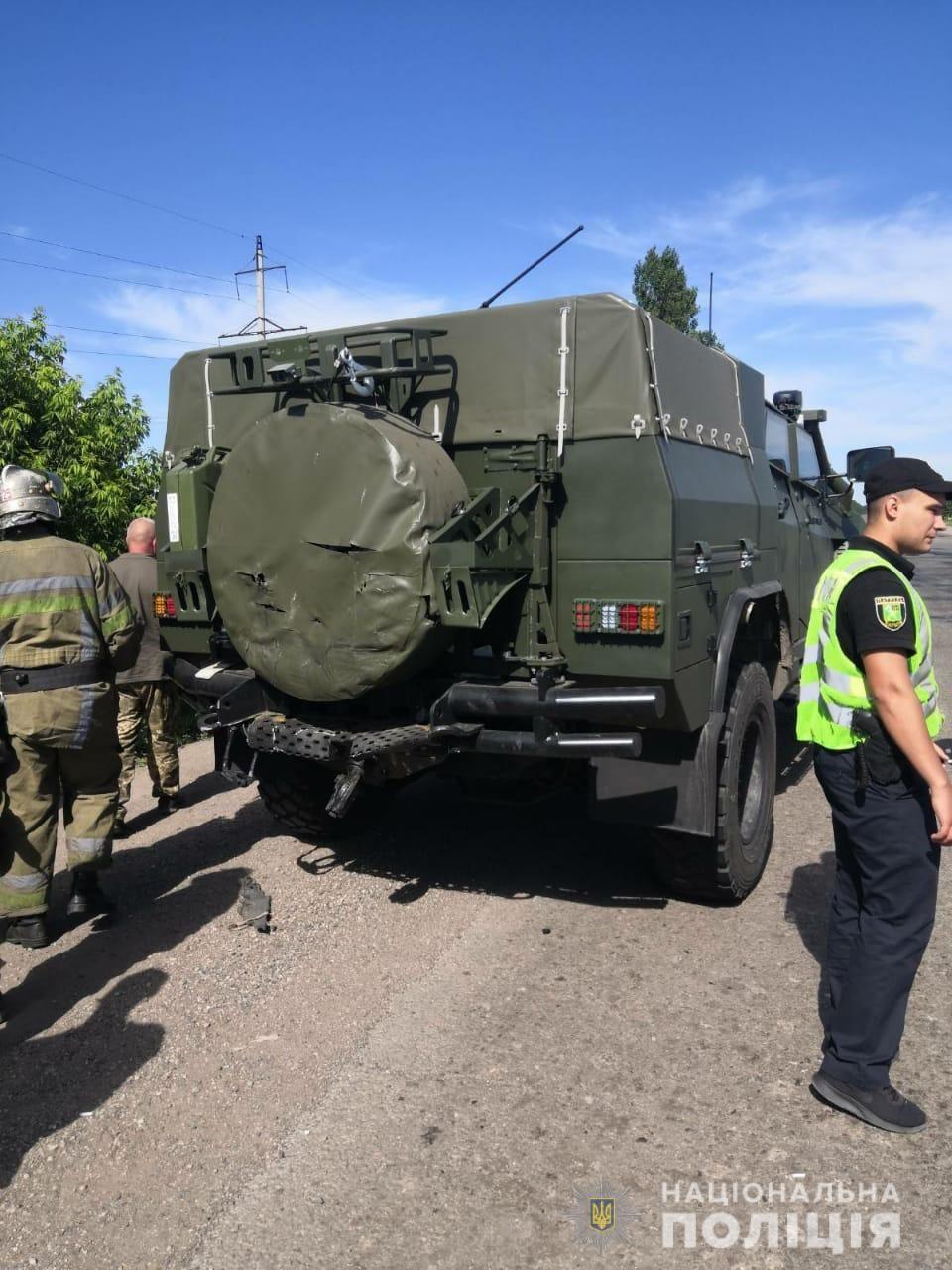 Почему взорвался дом в Киеве и массовое нарушение карантина в Британии: новости, которые вы могли пропустить - фото 3
