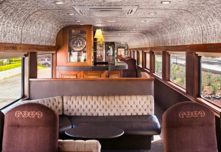 Всем текилы: в Мексике начал курсировать локомотив с безлимитным алкоголем (Фото) - фото 3