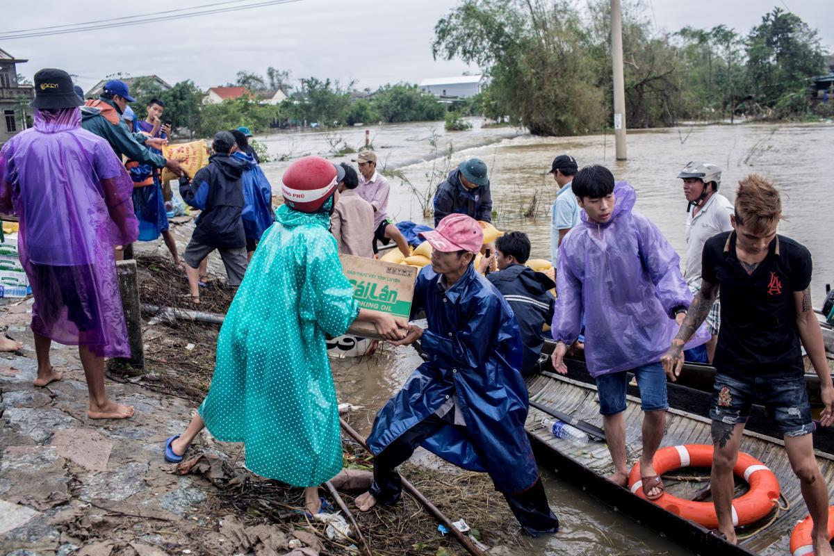 Через природні катаклізми у В'єтнамі постраждало понад 5 млн осіб - ООН - фото 10