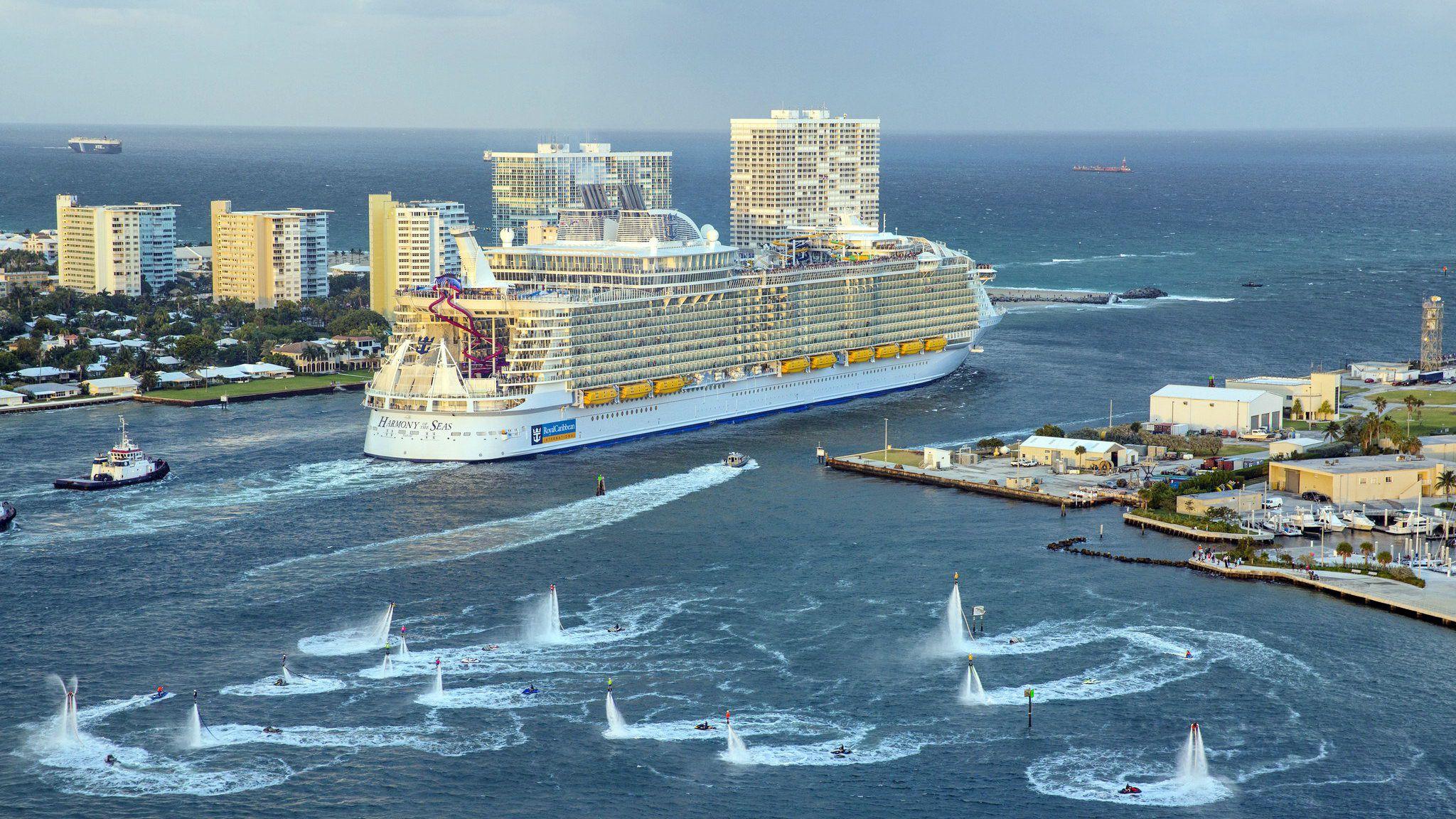 """Создателям """"Титаника"""" и не снилось: история самого большого в мире корабля - фото 2"""