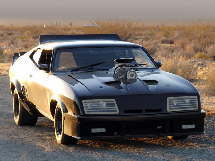 Топ-5 невероятно крутых автомобилей из популярных фильмов - фото 2