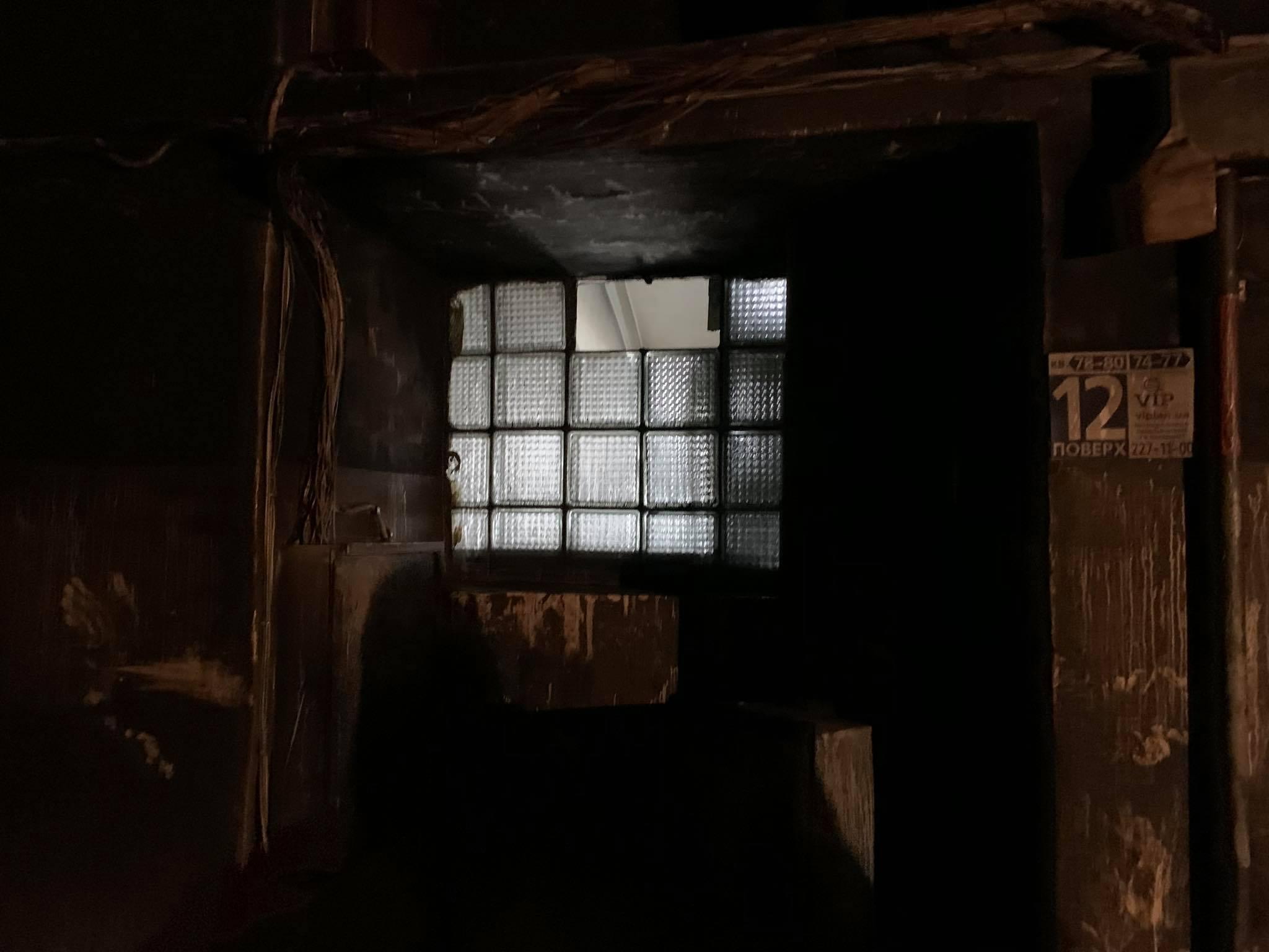 У київській багатоповерхівці згорів заживо чоловік - ФОТО - фото 4