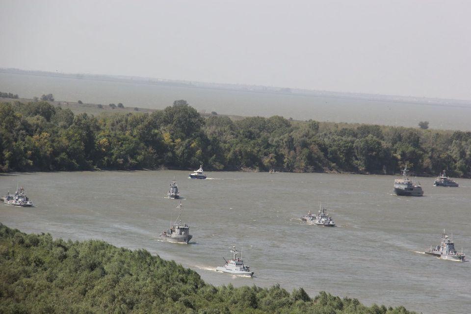 В Генштабе показали, как проходят учения ВМС Украины и Румынии на Дунае - фото 5