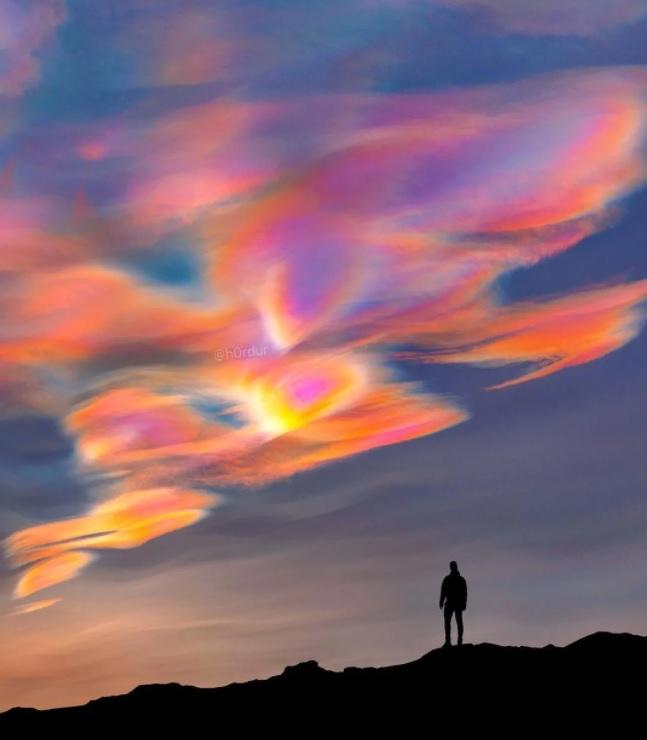 Фотографу удалось запечатлеть редкое атмосферное явление в Исландии: как оно выглядит (ФОТО) - фото 3