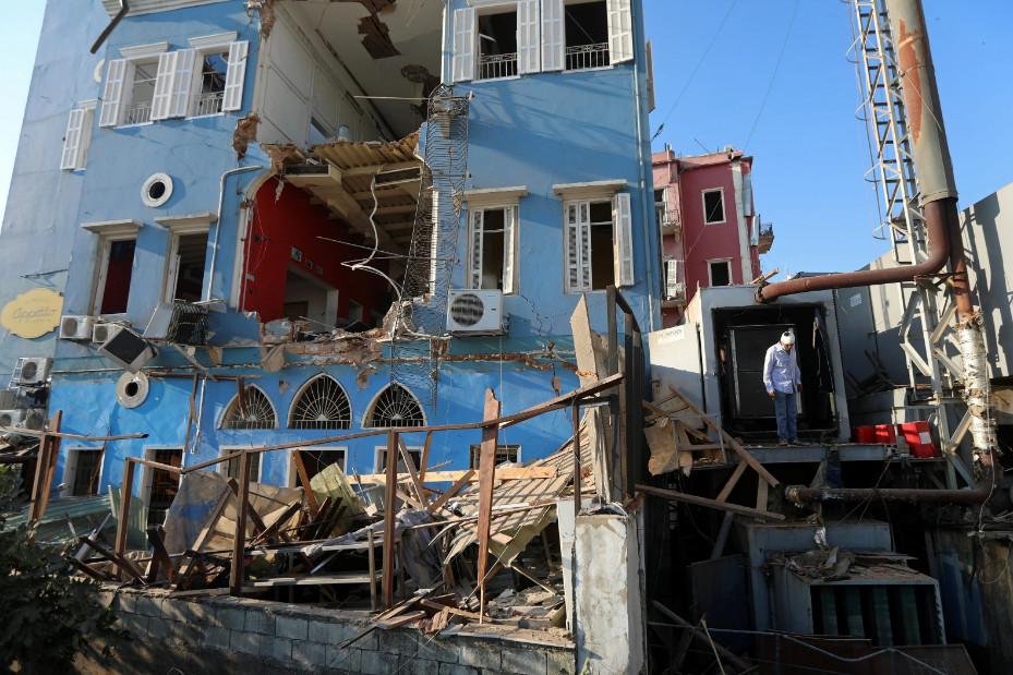 Будто кадры из фильма про Армагеддон: как выглядит Бейрут после взрывов (ФОТО, ВИДЕО) - фото 3