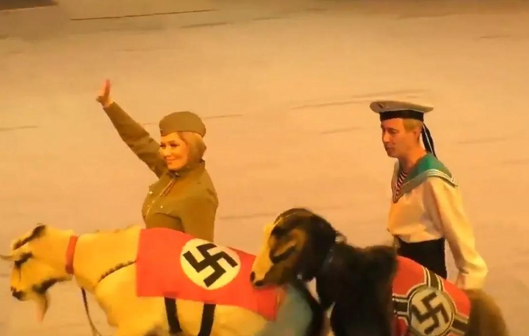 Нацистская форма и свастика: в России разгорелся скандал из-за циркового выступления (ФОТО, ВИДЕО) - фото 2