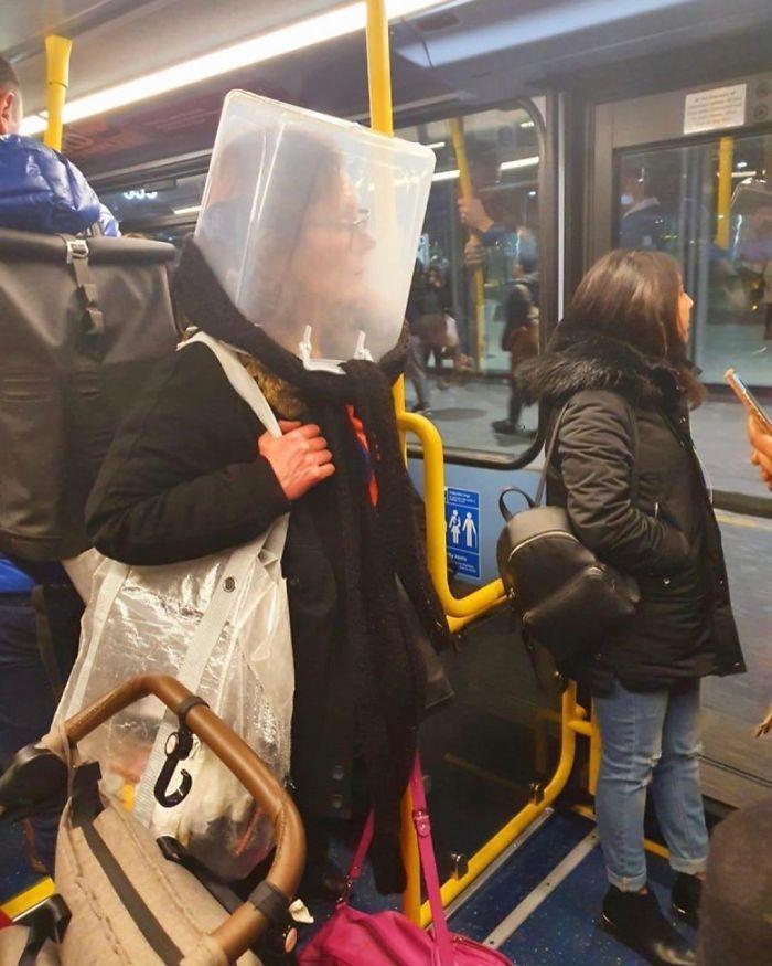 Фантазия или глупость: смешные фото, которые показывают, на что люди готовы, чтобы не носить маски - фото 6