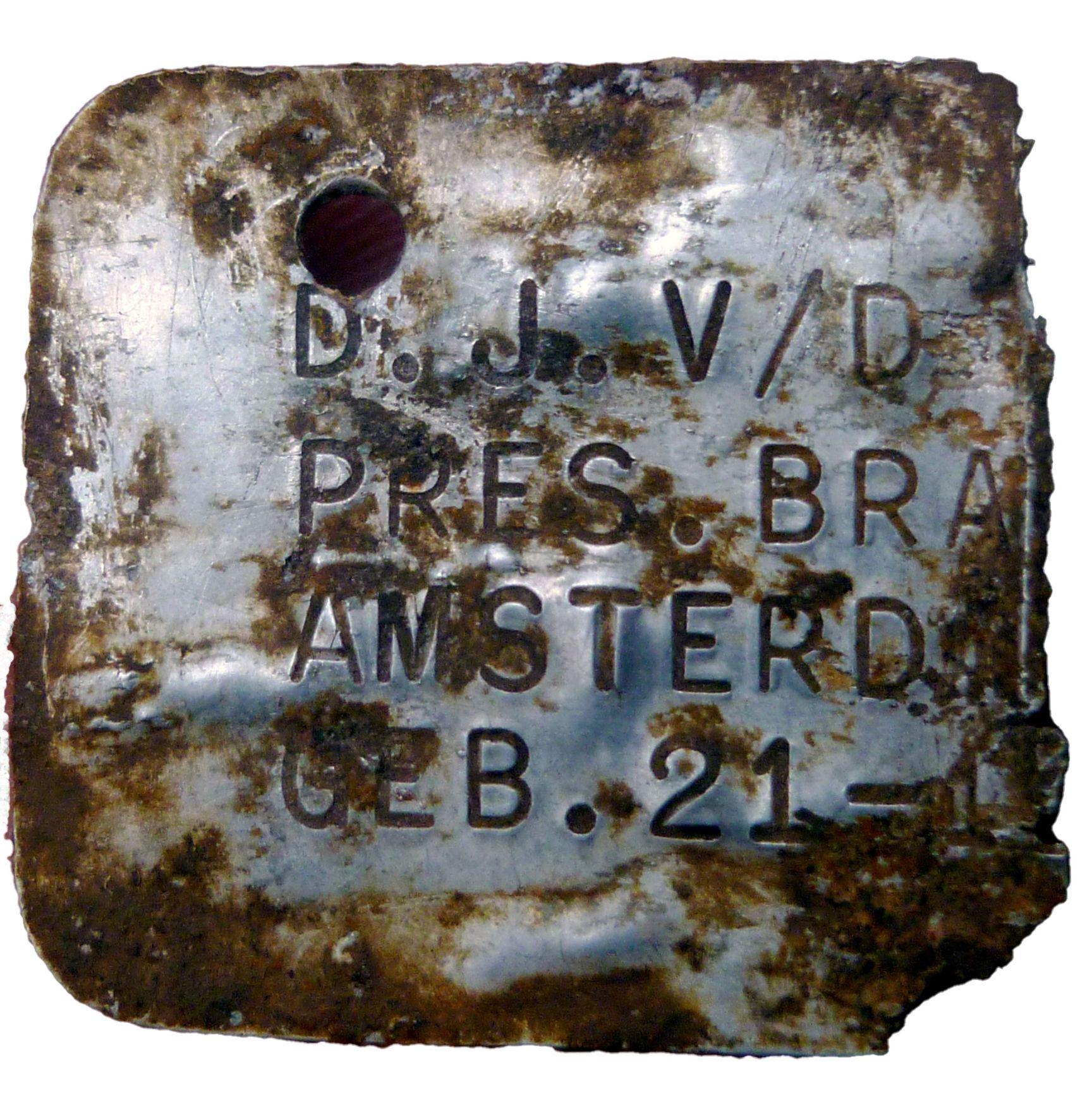 Страшная находка: в Собиборе обнаружили металлические бирки детей, отправленных в лагеря смерти (фото) - фото 2