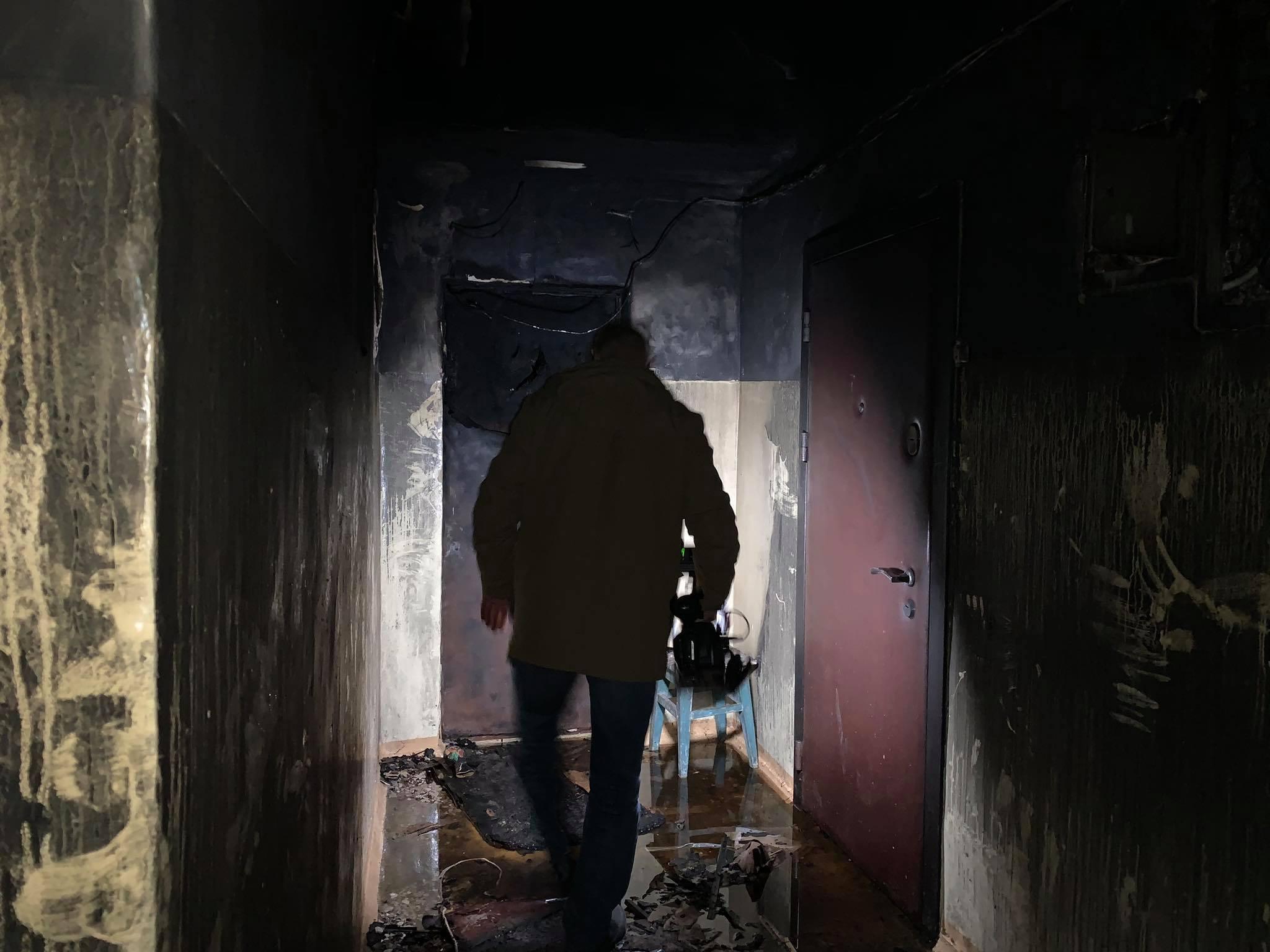 У київській багатоповерхівці згорів заживо чоловік - ФОТО - фото 5