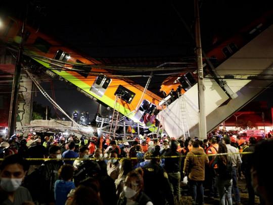 У Мексиці провалився міст  - фото 3