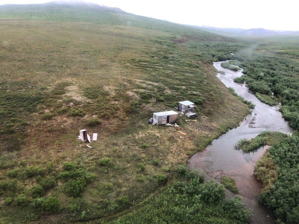 На Алясці чоловік опинився в полоні у величезного грізлі (ФОТО) - фото 2