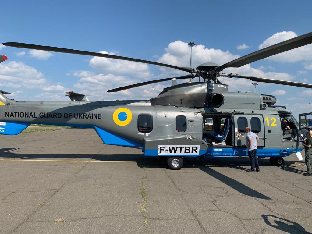 Нацгвардии передали новый вертолет Airbus для боевых задач (ФОТО, ВИДЕО) - фото 2