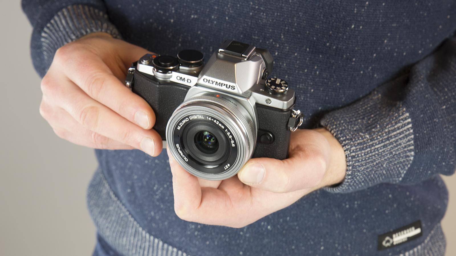 Топ-3 цифровых фотоаппаратов для любителей путешествовать - фото 2