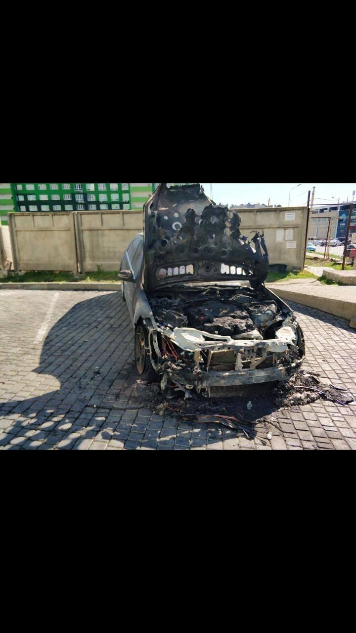 В Одесі викрили пожежника-підпалювача, який на заказ спалював коштовні автівки - прокуратура - фото 3