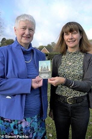Неожиданный сюрприз: супруги получили открытку, которая была отправлена 100 лет назад - фото 2