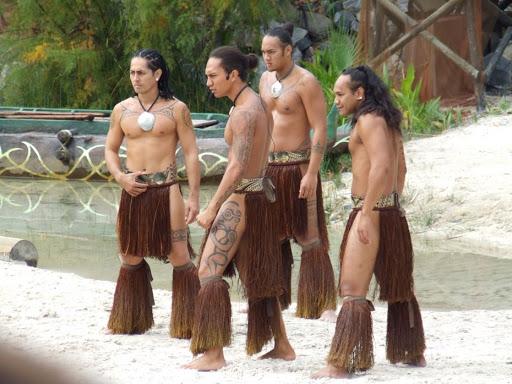 Шесть безумных традиций народов мира - в это сложно поверить - фото 5