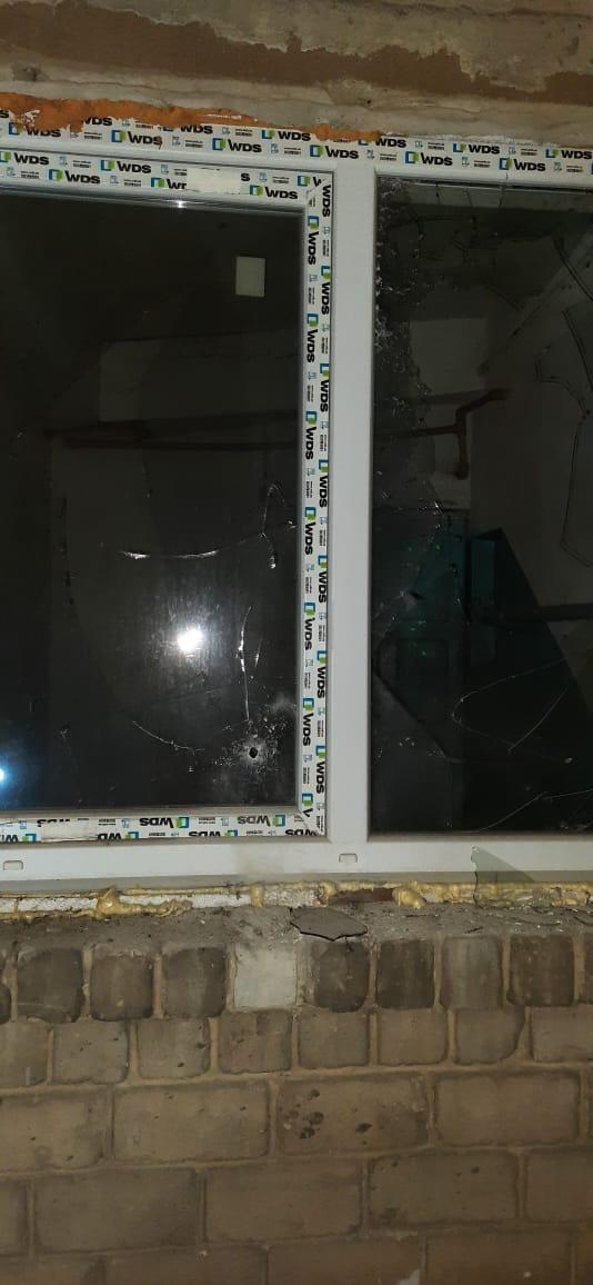 Обострение на Донбассе: оккупанты открыли огонь по ковидной больнице (ФОТО) - фото 6