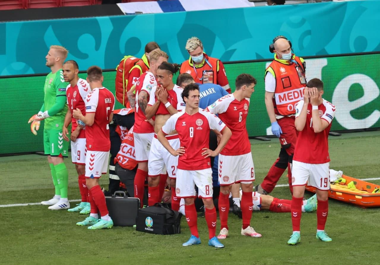 Матч Данія-Фінляндія зупинили: кому з футболістів стало погано — фото, видео (ОНОВЛЕНО) - фото 3