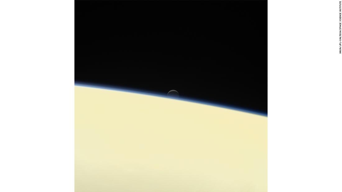 НАСА опубликовало фото поверхности и магнитных колебаний Юпитера - снимки как из фантастического фильма - фото 15