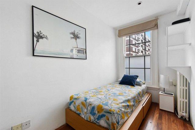 Найвужчий будинок в Лондоні продають за 1,2 мільйона доларів (фото) - фото 3