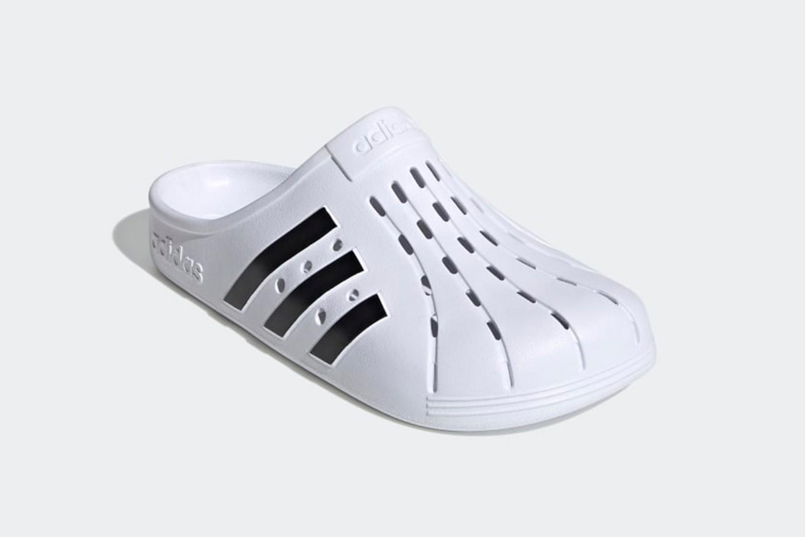 Adidas выпустил свою версию кроксов: сколько стоит новинка - фото 2